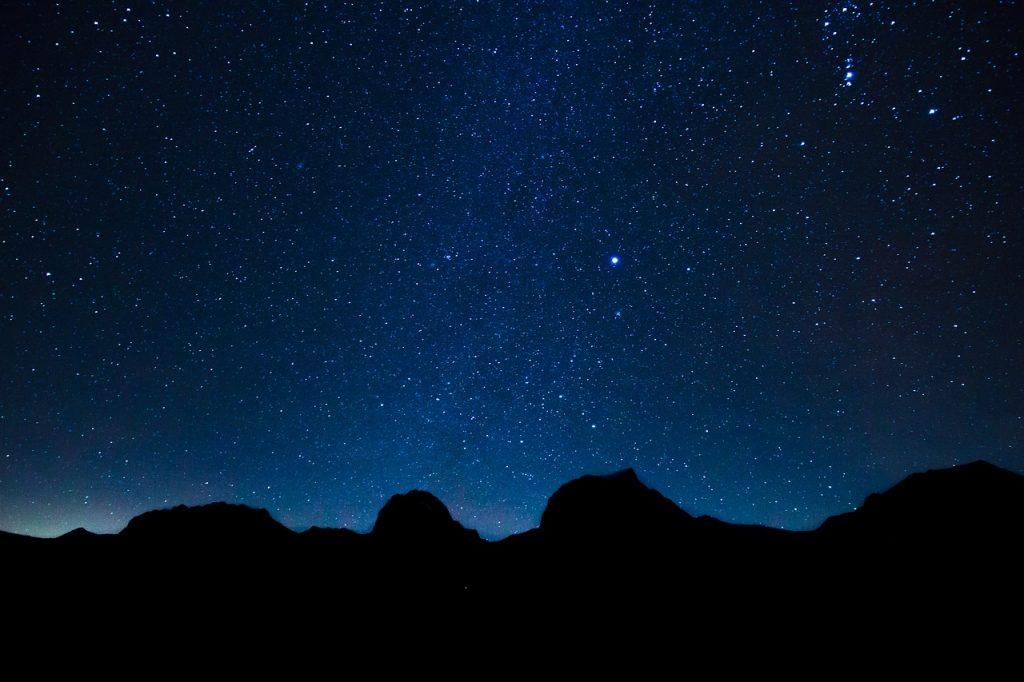 天体観測に必要な条件